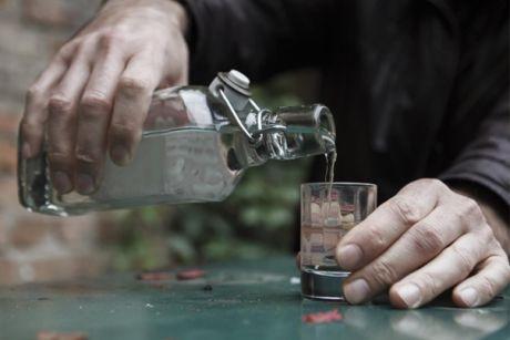 За три месяца в регионе от отравления алкоголем погибли 57 человек