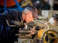 Где пенсионерам легче всего устроиться на работу?