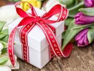 Стало известно, сколько россияне потратят на подарок к 8 Марта