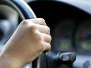 В Котласе двое подростков угнали автомобиль