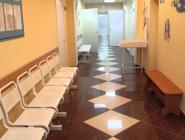 Губернатор поручил разработать проекты ремонта детских поликлиник