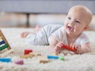 Период ухода за ребенком до полутора лет включается в страховой стаж