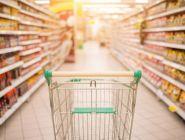 Россиянам разрешили ходить в гипермаркеты не у дома и на рынки