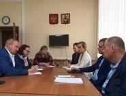Проблемы реализации реформы по обращению с ТКО обсудили в областном Собрании