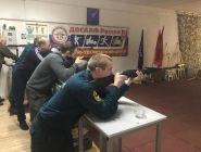 В Котласе прошли соревнования по стрельбе из пневматической винтовки среди сотрудников МЧС России
