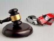 Судом взыскана компенсация морального вреда, причиненного истцу в ДТП