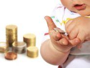 Правила получения детских пособий с сегодняшнего дня изменились в России