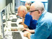 Минтруд предложил платить стипендию ищущим работу россиянам старше 50 лет