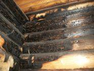 Все тайное становится явным: покупатель взыскал с продавца 650 тысяч рублей от начальной цены, обнаружив под обшивкой дома обгорелые стены
