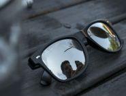«Покупатель» обокрал продавца солнцезащитных очков на 100 тысяч рублей