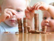 Минтруд увеличит пособия на первого и второго ребенка